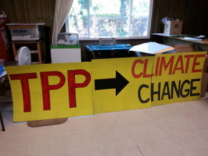 "Call on Rep. Scott Peters to vote ""No"" on fast tracking the TPP @ Scripps Institution of Oceanography 